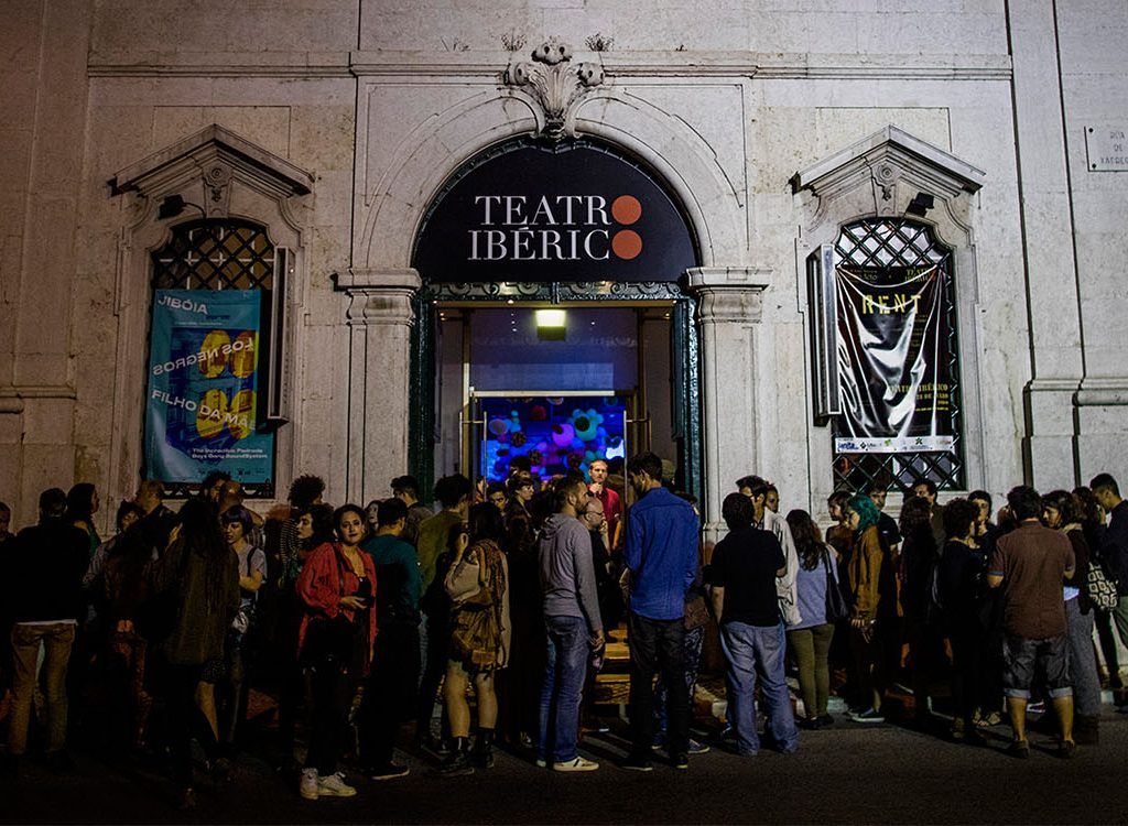 Orientre Teatro Ibérico Companhia João Garcia Miguel