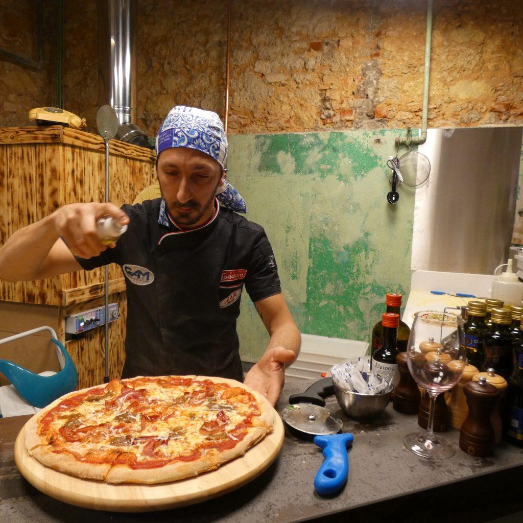 orientre-heteronimo-baar-refeitorio-sr-abel-marvila-pizzaiolo